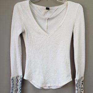 We the Free Thermal Long Sleeve Top Size Small